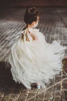 gorgeous tulle backless flower girl dresses