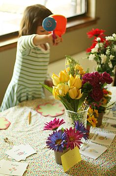 imaginary play florist shop, great idea. I have a couple bunches of silk florals...can just cut the bunches into individual flower stems, let girls mix and match them in vases and the like! Free fun.