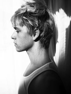 This is an actor called Mitch Hewer who played Maxie in the first series of Skins. I wish I could recall where I found this photo. But when I was thinking of Liam Griffin, he was one of the people that sprang to mind as someone who could have played him in a drama or film of Gunshot Glitter.