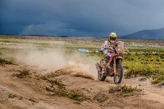Laia Sanz, 9th in the 2015 Dakar. Wow.