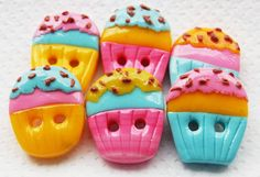 Cupcakes - 6 Polymer Clay Handmade Buttons on Luulla