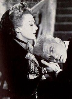 Edwige Feuillere and Jean Marais in L'aigle à deux têtes directed by Jean Cocteau.