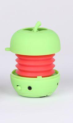 SOUND 2 GO: Mobile-Speaker: LED-Bluetooth-Speaker // Bereich: Consumer Electronics / Unterhaltungselektronik // Weitere Informationen: http://www.pr4you.de/pressemitteilungen.html   http://www.mobiset.de   http://www.pr4you.de