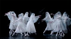 The Royal Ballet's production of Giselle  ¨*•♫♪