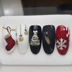 Nail Art Noel, Xmas Nails, Christmas Nail Art, Christmas Nail Designs, Christmas Nails 2019, Holiday Nails, Snow Nails, Winter Nails, Bright Red Nails