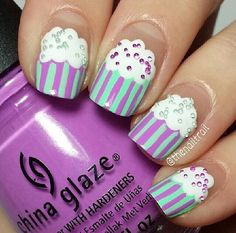 I fell in love with these nails as soon as I saw them!!!!