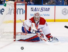 TAMPA, FL - DECEMBER 28: Goalie Carey Price #31 of the Montreal Canadiens watches the puck against the Tampa Bay Lightning during the first period at Amalie Arena on December 28, 2017 in Tampa, Florida. (Photo by Scott Audette/NHLI via Getty Images)