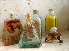 Accurate Skin care recipes and remedies. Sharing natural skin care tips, recipes and remedies I have collected over the years which would help you make homemade skin care remedies. Homemade Skin Care, Diy Skin Care, Homemade Beauty, Organic Skin Care, Natural Skin Care, Home Remedies For Rashes, Lavender Oil For Skin, Massage Bebe, Massage Oil
