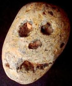 Portable Rock Art / Figure Stones - America's (almost) Invisible Prehistory Native American Tools, Native American Artifacts, Indian Artifacts For Sale, Prehistory, Ancient Artifacts, Stone Art, Effigy, Rock Art, Richard Wilson