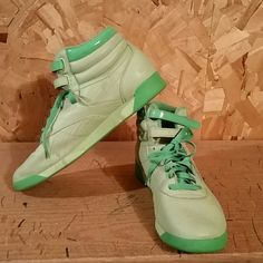 c04cf7c9debe Green Reebok Classics These Reebok Classics are gently worn (as you can