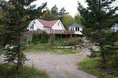 Helt hjem/leilighet i Søgne, Norge. Langenes in Søgne is one of the most popular places. Kristiansand, Bathing, Cabin, House Styles, Places, Room, Home Decor, Bath, Bedroom