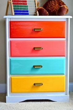 This dresser would look great in a kid's room or to organizer the fabric in your craft studio. This dresser would look great in a kid's room or to organizer the fabric in your craft studio. Painted Drawers, Dresser Drawers, Chest Of Drawers Makeover, Dresser Refinish, Baby Dresser, Dresser Makeovers, Rainbow Bedroom, Rainbow Room Kids, Kids Dressers