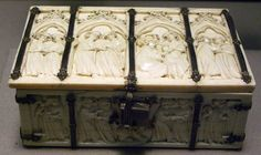 Decorated Medieval Ivories in the Louvre- Ivory box with scenes from the fictional feats of Perceval. Paris, 14th century