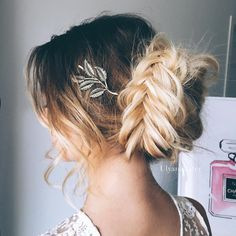While you might be sad to see Summer go, we are fully embracing Autumn's arrival. The classic French twist gets a modern makeover, bohemian waves are here to stay and leather is the new gold. Here, we break down the 50 hairstyle trends you're going to want to know from the fall runways. These new