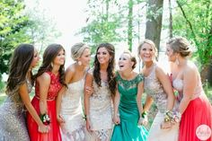 Posh Poses | Friend Photos | Formal Wear | Capture Special Moments | Prom | Senior Ball | Unique & Creative | Senior Girls