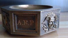 "MASSIVE VIDE POCHE EN BRONZE "" aux mascarons "" A.E.P | eBay"
