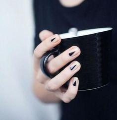 Fichamos estos diseños de uñas para lucir una manicura espectacular pero sencilla a la par