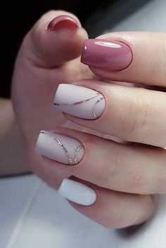 35 Simple Ideas for Wedding Nails Design - How to use nail polish? Nail polish on your friend's nails l Cute Acrylic Nails, Cute Nails, Pretty Nails, White Gel Nails, Cute Simple Nails, Green Nail, Pink Nail Art, Black Nail, Black White
