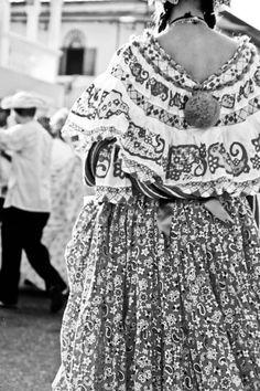 Festival de las mil polleras, Las Tablas, Panamá Lace Skirt, Sequin Skirt, Paradise, Sequins, Costumes, Skirts, Inspiration, Fashion, Holidays Events