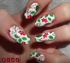 16 Cutest Christmas Nail Designs – Top New Simple Trend For Winter Party Manicure Cute Christmas Nails, Christmas Nail Art Designs, Winter Nail Designs, Holiday Nails, Xmas Nails, Holiday Fun, Glitter Solar Nails, Sparkly Nails, Rose Gold Nails