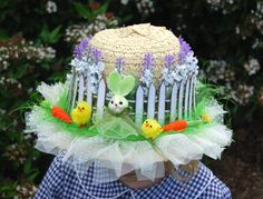Easter hats are a traditional part of Easter celebrations at primary school. No Easter celebration would be complete without the Easter bonnet. If you are confused about how to create your lovely kid's bonnet, this may save your time. Easter Hat Parade, Foam Crafts, Craft Foam, Easter Crafts For Toddlers, Hat Decoration, Decorations, Diy Crafts How To Make, Diy Ostern, Crazy Hats