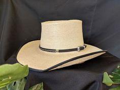 f2c464f4a1edee 8 Best Cowboy Hats Men images in 2018 | Cowboy hats, Western wear ...