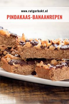 Pindakaas-banaanrepen - Health and wellness: What comes naturally Healthy Travel Snacks, Healthy Toddler Snacks, Yummy Healthy Snacks, Easy Snacks, Healthy Baking, Healthy Treats, Healthy Food, Healthy Recipes, Peanut Butter Banana