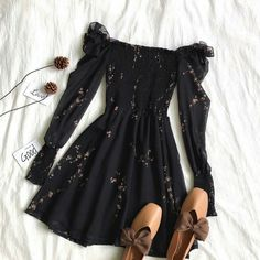 Hairstyles and Beauty: The Internet`s best hairstyles, fashion and makeup pics are here. Cute Casual Outfits, Pretty Outfits, Pretty Dresses, Stylish Outfits, Beautiful Dresses, Casual Dresses, Girls Fashion Clothes, Teen Fashion Outfits, Fashion Dresses