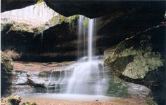Hocking Hills State Park...possibly one of the most gorgeous place in Ohio!  The kids loved hiking here!