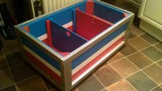 Children's Toy Chest Made From Pallets #Kids, #PalletBoxe, #PalletChest, #RecycledPallet