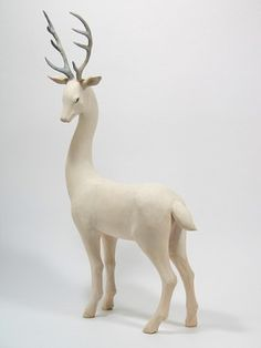 Stag sculpture by Yoshimasa Tsuchiya (© 2008)