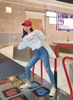 VISIT FOR MORE Korean Daily Fashion Official Korean Fashion The post Korean Daily Fashion Official Korean Fashion appeared first on Fashion design. Korean Girl Fashion, Korean Fashion Trends, Korean Street Fashion, Ulzzang Fashion, Korea Fashion, Asian Fashion, Korean Fashion School, Korea Street Style, Daily Fashion