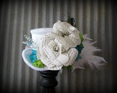 White Mini Top Hat, Steampunk wedding hat, Alice in Wonderland Mini Top Hat, Bridal hat, Mad Hatter Hat, Mad Tea Party Hat, Paper Flower hat www.etsy.com/shop/chikibird