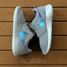 Accompany me through how many times, I always feel that you are the best. No matter how long the road to go, I will always be with you,my nike shoes.