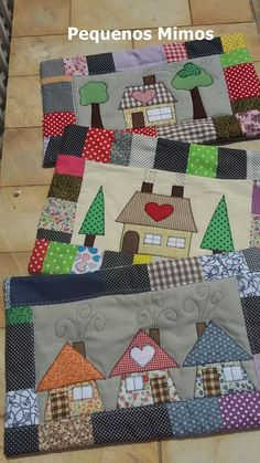 House Quilt Patterns, House Quilt Block, Quilt Blocks, Applique Cushions, Applique Quilts, Club Couture, Quilting Projects, Sewing Projects, Free Motion Embroidery
