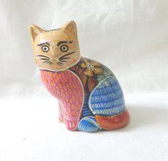 Primitive hand painted ceramic cat figurine bright colors patterns vintage vintage cm1485
