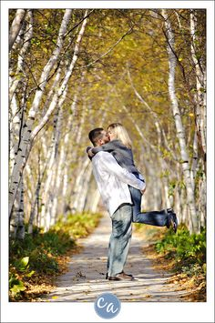 Fall engagement session at Stan Hywet. 200$ fee for portrait sessions, 500$ fee for weddings. 714 North Portage Path Akron, Ohio 44303