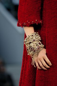 Chanel Fall 2010 Couture Collection - Vogue