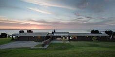 KAIPARA HOUSE - NOEL LANE ARCHITECTS - SENIOR ARCHITECT TOM ROWE