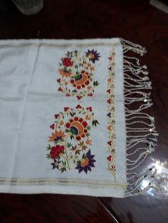 Salons, Embroidery, Border Tiles, Sewing Projects, Needlepoint, Lounges, Crewel Embroidery, Embroidery Stitches