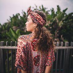 short kaftan.bold black & orange.free size.R550headscarf for R150#umisaltrock #localzadesign #southafricandesign #ethicalfashion #slowfashion #bohemianstyle #bohemian #fashiondiaries #summerstyle #kaftan #kimono #sari #lookbook #fashionista #resortwear #streetstyle #style #fashion@gerritvanzyl @carolyn_warren
