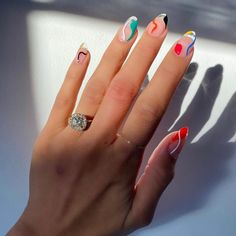 Semi-permanent varnish, false nails, patches: which manicure to choose? - My Nails Ten Nails, Aycrlic Nails, Glitter Nails, Hair And Nails, Minimalist Nails, Minimalist Fashion, Nagel Hacks, Fire Nails, Nail Polish