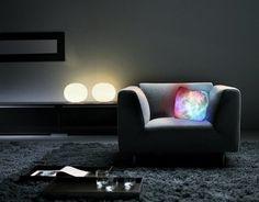 Подушка со светодиодной подсветкой Moonlight Cushion