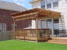 Pergola integrated into the house