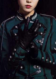 Black Leather Gloves, Latex Fashion, Japanese Girl, Cute Girls, Fashion Beauty, Sexy Women, Poses, Beautiful, Lady