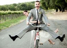 お洒落カップルの新定番!?自転車で撮るエンゲージメントフォトが素敵♡