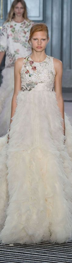 Giambattista Valli Fall/Winter 2015-2016 Haute  Couture