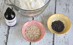 Easy lavender oatmeal soap recipe using melt and pour soap base. A great homemade soap recipe for beginners. Sugar Scrub Homemade, Homemade Soap Recipes, Diy Bath Soaps, Oatmeal Soap, Soap Base, Easy Diy Gifts, Organic Soap, Recipe Ingredients, Recipes For Beginners