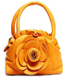 PURSE AND BAG  ITEM NAME : RAQ0021PEA   PURSE AND BAG / CROSS BODY BAG / HANDBAG / DESIGNER INSPIRED / POLYURETHANE / FLOWER / REMOVABLE STRAP / ZIP TOP CLOSURE / L 7 INCH x H 5 INCH x W 4 1 / 2 INCH /  color : Peach
