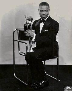 A young Louis Armstrong by Bruno Pollak / Bauhaus 1932